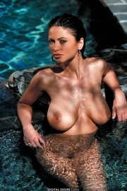 Veronica Zemanova Gets  A Little Sun