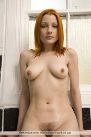 Krissi Natural Redhead Babe In The Bathroom