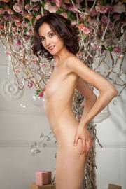 Sexy little Italian hottie Sade Mare
