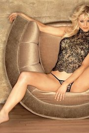 Playboy Girl Teri Polo