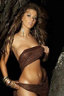 Sexy Laura Dore