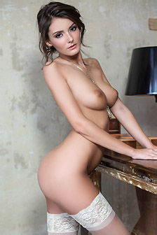 Nude Sexy Sunshine