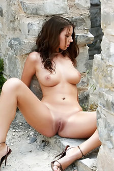 Angela Gorgeous Brunette With Nice Big Tits