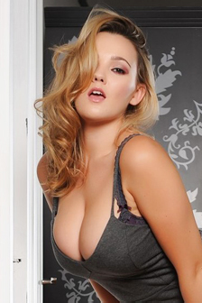 Jodie Gassons Titties Are Legendary