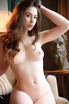 Elle Beth Pale Beauty