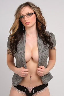 Lily Xo Hot Secretary