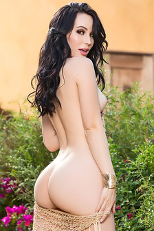 Black Haired Playboy Babe Lauren Oconner