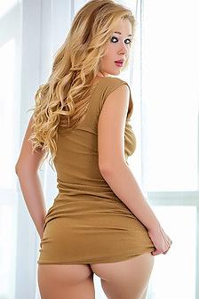 Sexy Blonde Marianna Merkulova