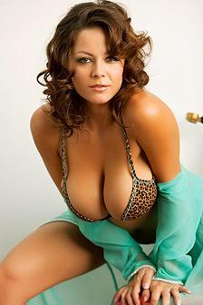 Busty Playboy Babe Rachel Elizabeth