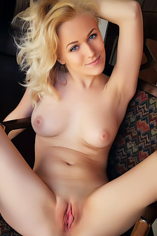 Hot And Sexy Aislin