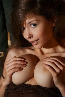 Busty Brunette Teen Mila In Erotic Art Pics
