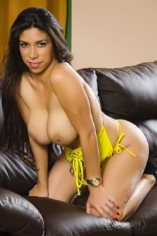 Latina Heat #07